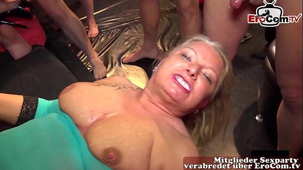 Porno hausfrauen deutsche Deutsche Pornos